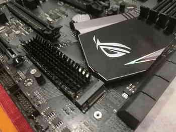 SSD накопитель SAMSUNG 970EVO MZ-V7E500BW 500Гб, M.22280, PCI-E x4, NVMe