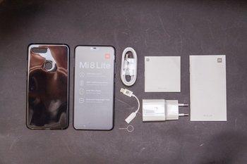 Смартфон XIAOMI Mi 8Lite 64Gb, черный