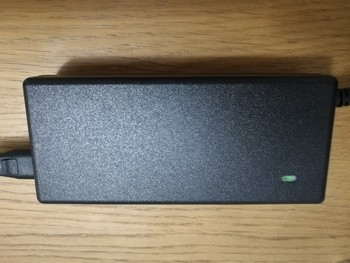 Адаптер питания BURO BUM-1157L90, 90Вт, черный
