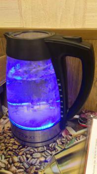Чайник электрический SCARLETT IS-500, 2300Вт, черный и серебристый