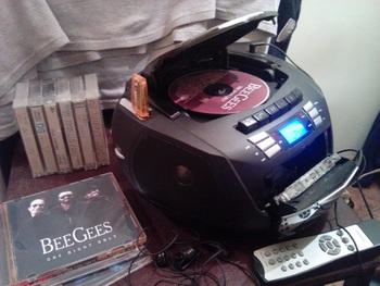 Аудиомагнитола ROLSEN RBM-214MUR