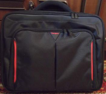 Сумка для ноутбука 15.6TARGUS Classic+ CNFS415EU, черный/красный