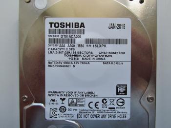 Жесткий диск TOSHIBA DT01ACA200, 2Тб, HDD, SATA III, 3.5
