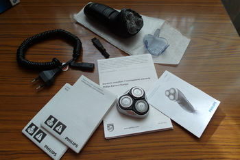 Электробритва PHILIPS Series 3000HQ6927, черный