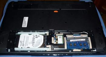 Ноутбук ACER Packard Bell EasyNote ENTE11HC-10002G32Mnks, 15.6, Intel Celeron 1000M 1.8ГГц, 2Гб, 320Гб, Intel HDGraphics , DVD-RW, Linux, NX.C1FER.029, темно-серый