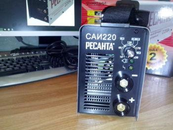 Сварочный аппарат инвертор РЕСАНТА САИ-220 [65/3]