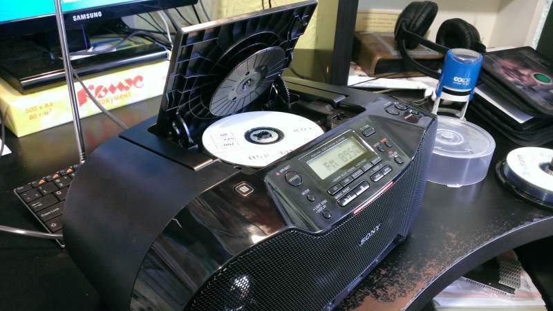 Аудиомагнитола Sony ZS-PS50CP Blue CD-магнитола мощность звука 4 Вт MP3 тюнер AM FM воспроизведение с USB-флэшек